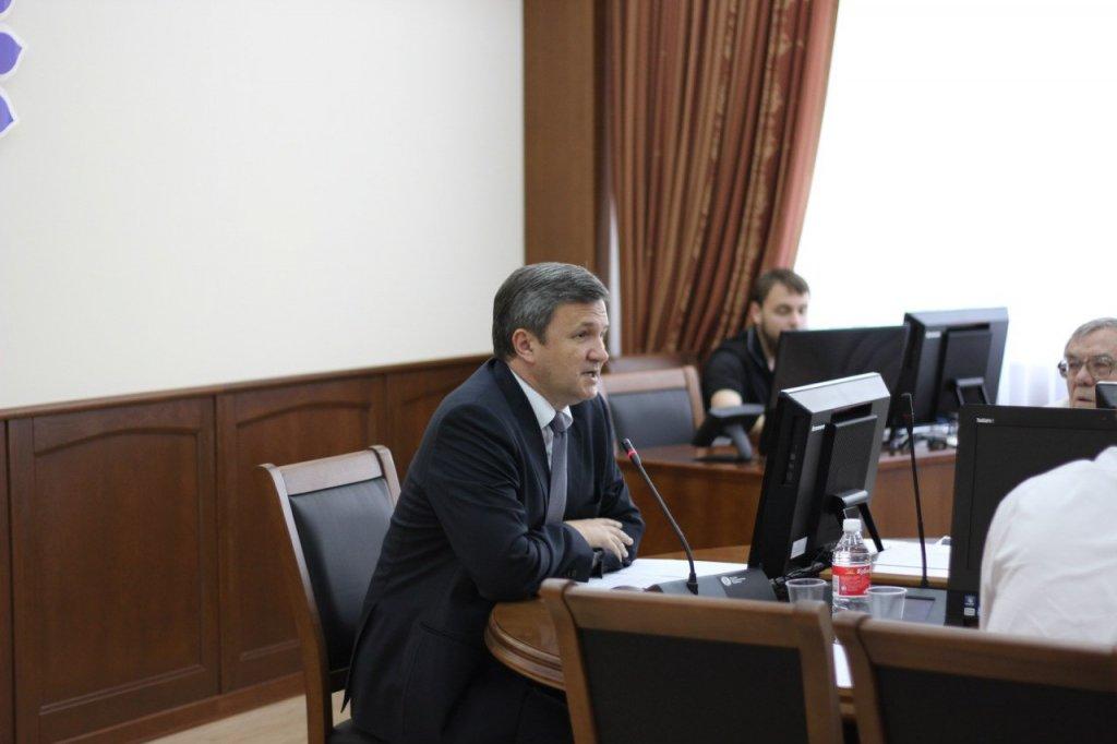 Ректор о трудоустройстве студентов.